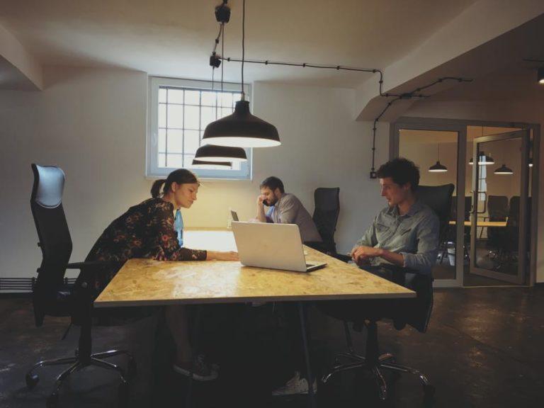 Coworking kontormøbler